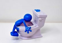 how to unclog toilet