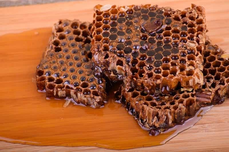 5 Shocking Things You Need To Know About Raw Honey