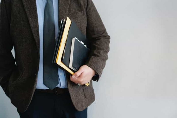 hire a business lawyer